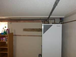 Installation d'une pompe à chaleur et de tout le réseau de chauffage.